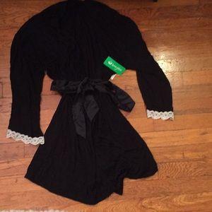 NWT Honeydew Robe